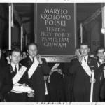 Lata 50 XX w. udział orkiestry w pielgrzymce obrazu jasnogórskiego z Czarnowąs do Katedry w Opolu.